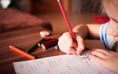 Enseña a escribir a tu hijo con juegos y diversión